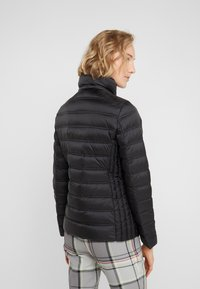 MICHAEL Michael Kors - SHORT PACKABLE PUFFER WITH HOOD - Down jacket - black - 3