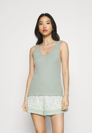 SET - Pyjamas - dusty green