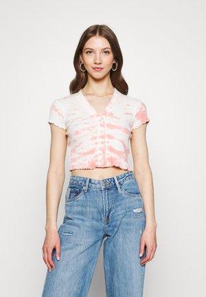 TIE DYE BUTTON THROUGH TEE - Print T-shirt - pink