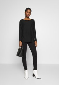Anna Field - BASIC- RELAXED BOAT NECK JUMPER - Strikkegenser - black - 1