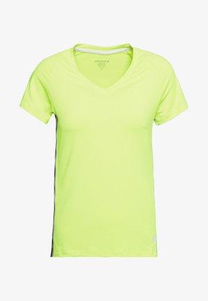 TESIA V TEE - T-Shirt print - safety yellow