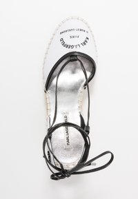 KARL LAGERFELD - KAMINI MID MAISON SLINGBACK - Sandalias de tacón - white - 3