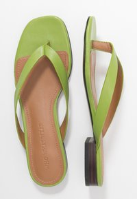 Who What Wear - CALI - Sandalias de dedo - bright green - 3