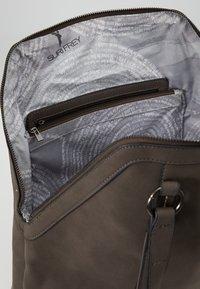 SURI FREY - ELY - Shopping bag - brown - 5
