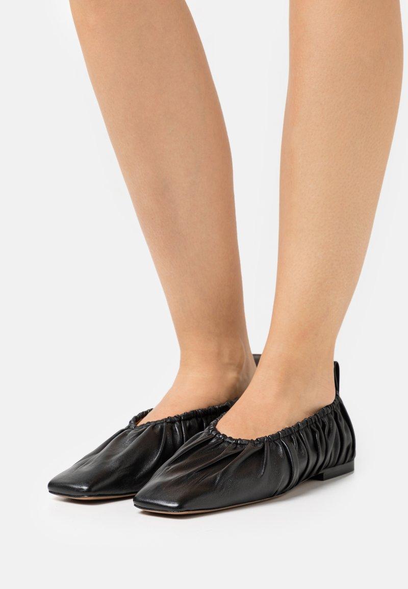 ARKET - BALLERINA - Mocasines - black