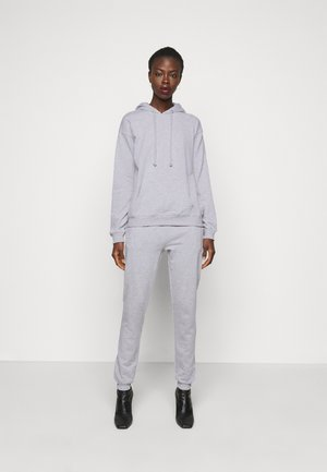 HOODIE AND JOGGER SET - Bluza z kapturem - grey