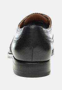 SHOEPASSION - NO. 560 - Smart lace-ups - black - 3