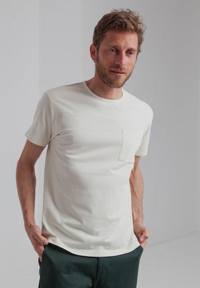 Basic T-shirt - pristine