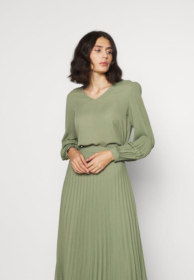 SLFJOSIE - Bluse - oil green