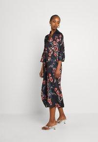 Molly Bracken - LADIES WOVEN DRESS - Maxi dress - dryflowers black - 1