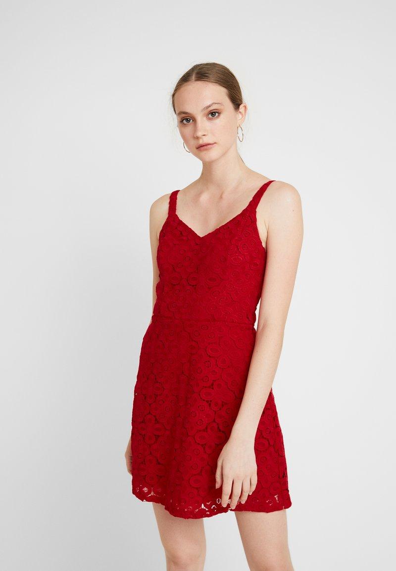 Hollister Co. DRESS - Cocktailkleid/festliches Kleid - red ...