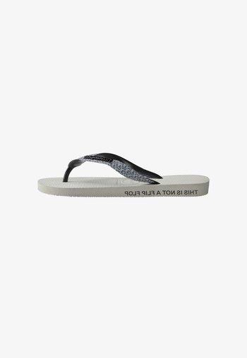 TOP BOLD - Pool shoes - white, black
