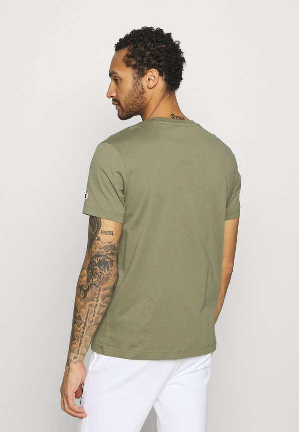 Champion Rochester CREWNECK - T-shirt z nadrukiem - olive/oliwkowy Odzież Męska RXID