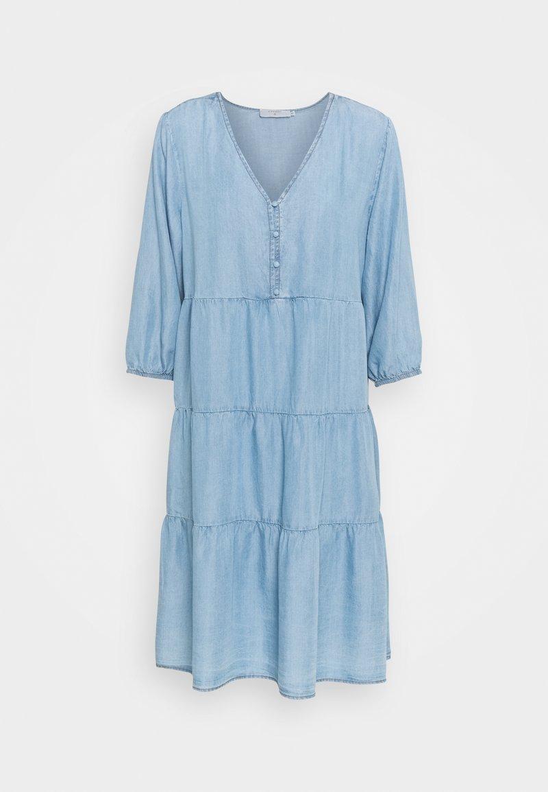 Cream - AMIRA VOLUME DRESS - Denimové šaty - blue denim