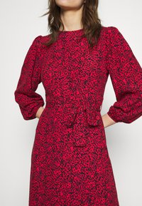 Mavi - Day dress - red - 5
