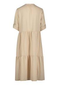 Betty & Co - Maxi dress - cream nature - 3