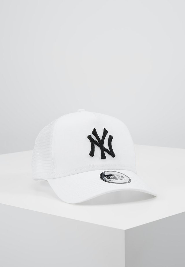ESSENTIAL AFRAME TRUCKER - Cap - white