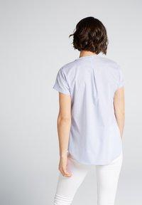 Eterna - MODERN CLASSIC - Blouse - light blue/white - 1