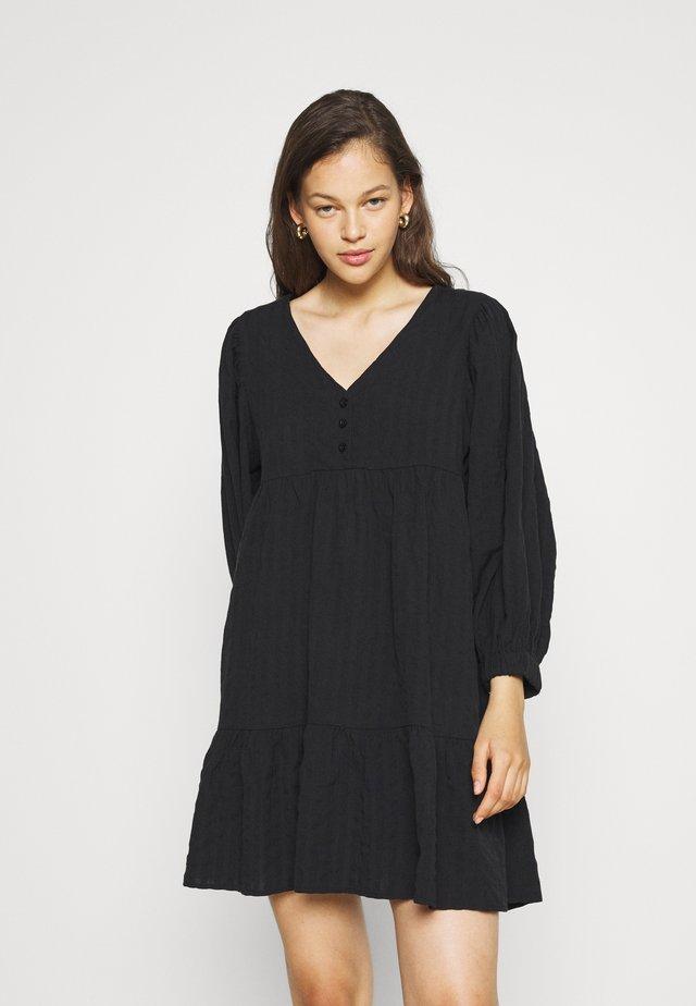 WOVEN ZERHA LONG SLEEVE SMOCK MINI DRESS - Korte jurk - black