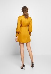 Fashion Union - PEEPO - Day dress - yellow - 2