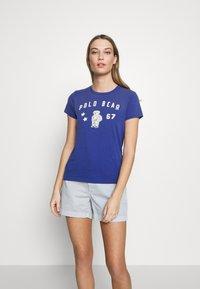 Polo Ralph Lauren - T-shirt imprimé - royal navy - 0