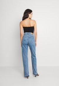 Weekday - ROWE SPLIT - Jeans straight leg - hanson blue - 2