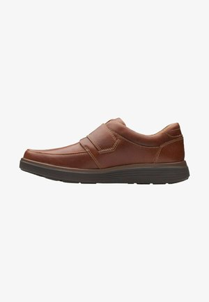 Instappers - dark tan leather