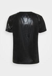 MAX&Co. - PRESENTE - Jednoduché triko - black - 7