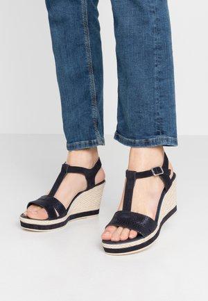 Korolliset sandaalit - navy