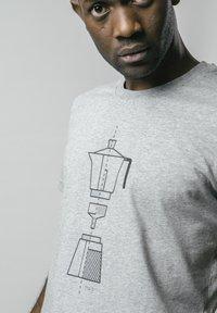 Brava Fabrics - T-shirt print - grey - 3