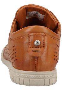 Marc - Sneakersy niskie - brown - 2