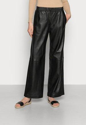 LIA - Kožené kalhoty - black