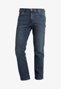 TEXAS - Straight leg jeans - indigo wit