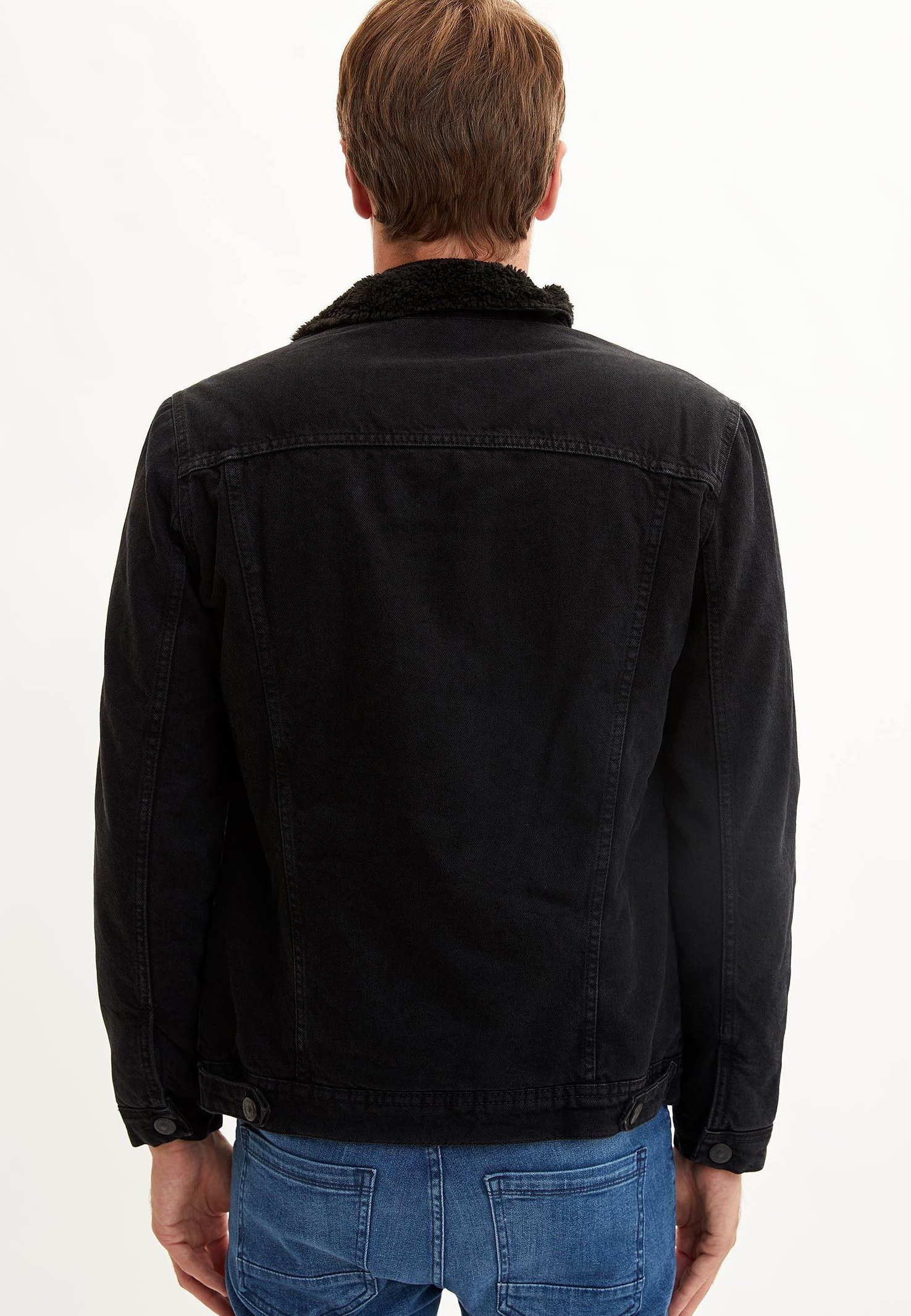 Suositella Miesten vaatteet Sarja dfKJIUp97454sfGHYHD DeFacto Farkkutakki black