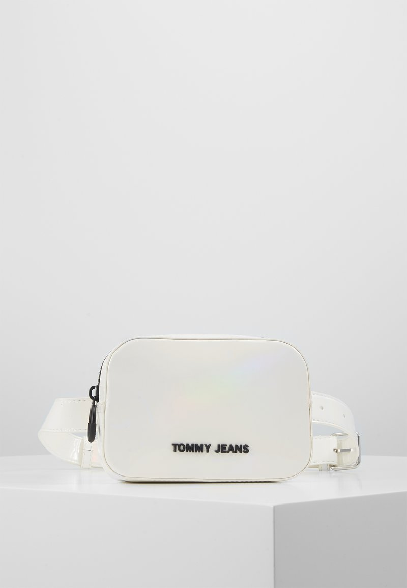 Tommy Jeans - NEW GEN BUMBAG METALLIC - Rumpetaske - grey