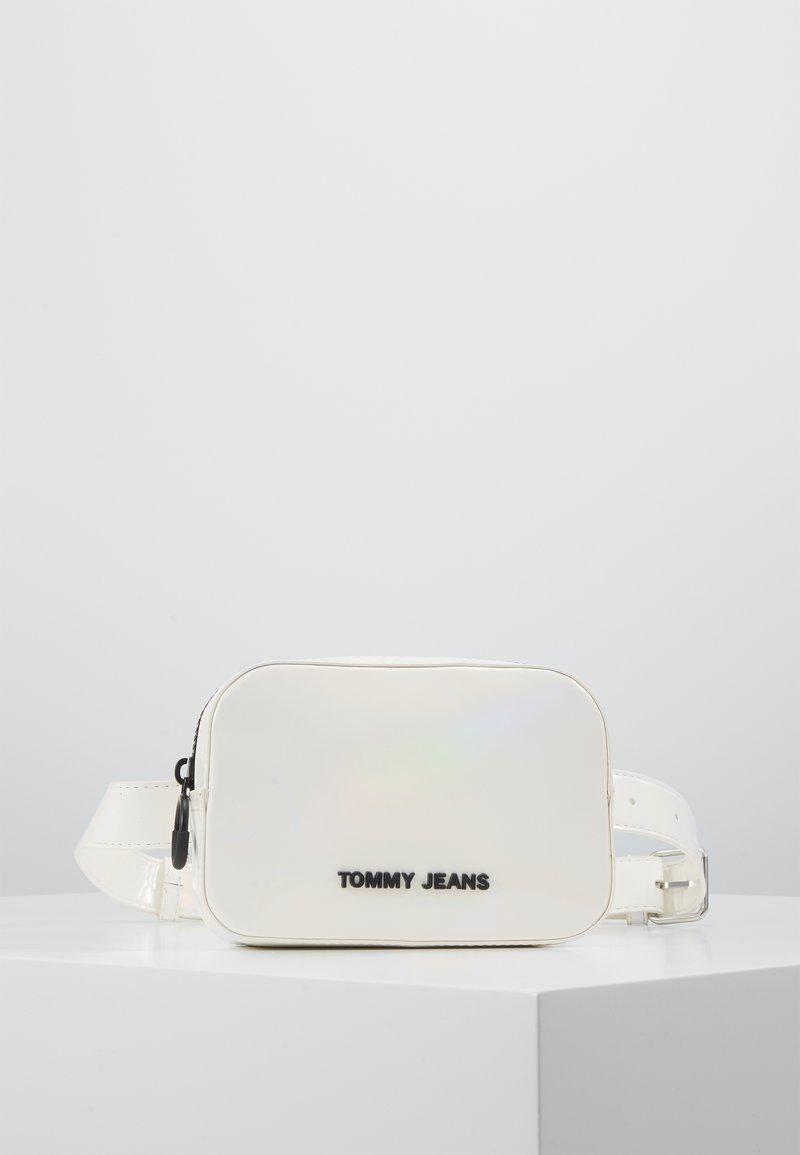 Tommy Jeans - NEW GEN BUMBAG METALLIC - Sac banane - grey