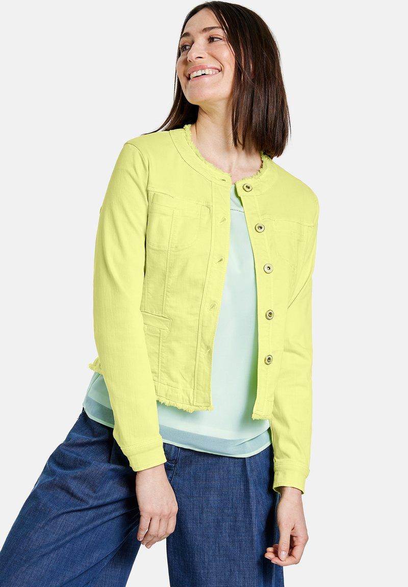 Gerry Weber - MIT FRANSENKANTE - Denim jacket - light lime