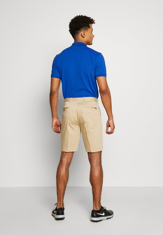 GOLF ATHLETIC SHORT - Pantalón corto de deporte - classic khaki