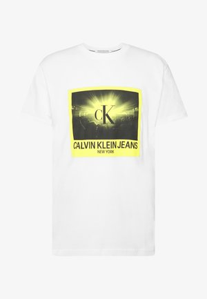 RAVE PHOTO BOX TEE - Print T-shirt - bright white