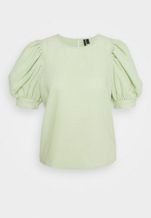 VMIVORY PETITE - Blus - laurel green