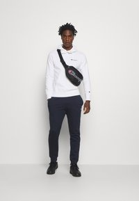 Champion - ROCHESTER HOODED  - Hoodie - white - 1