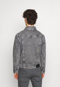 Calvin Klein Jeans - FOUNDATION JACKET - Džínová bunda - grey - 2
