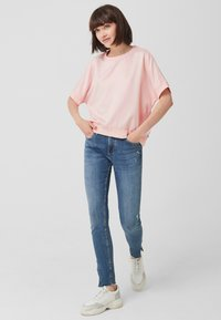 Q/S designed by - Basic T-shirt - light pink - 1