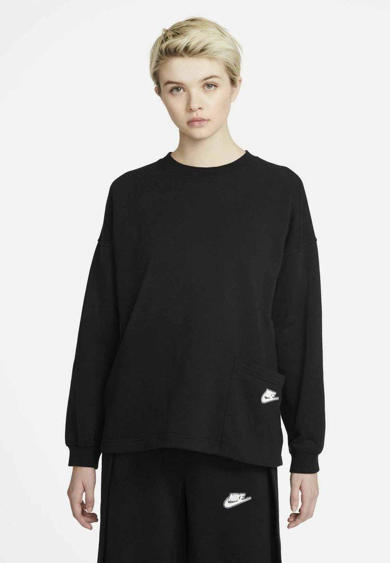 Nike Sportswear - CREW EARTH DAY - Sweatshirt - black/white