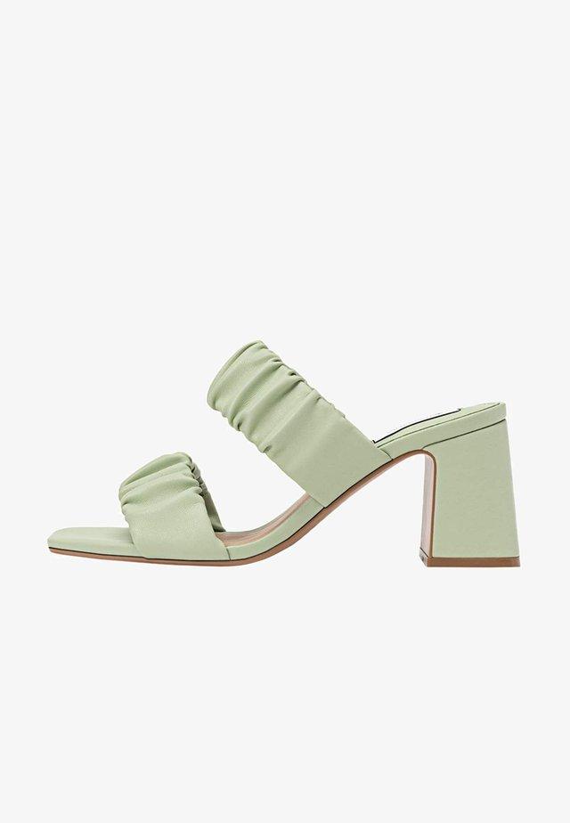 Højhælede sandaletter / Højhælede sandaler - mint