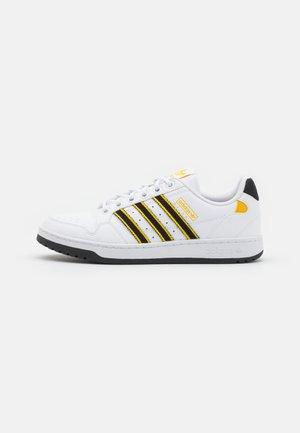 NY 90 STRIPES UNISEX - Sneakersy niskie - white