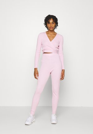 WRAP FRONT LONG SLEEVE SET - Leggings - Trousers - pink