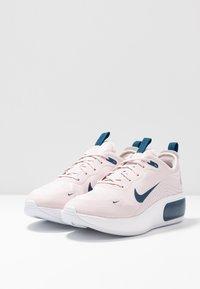 Nike Sportswear - AIR MAX DIA - Zapatillas - barely rose/valerian blue/white - 4