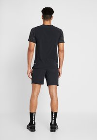 Nike Performance - SHORT YOGA - Sports shorts - black/iron grey - 2