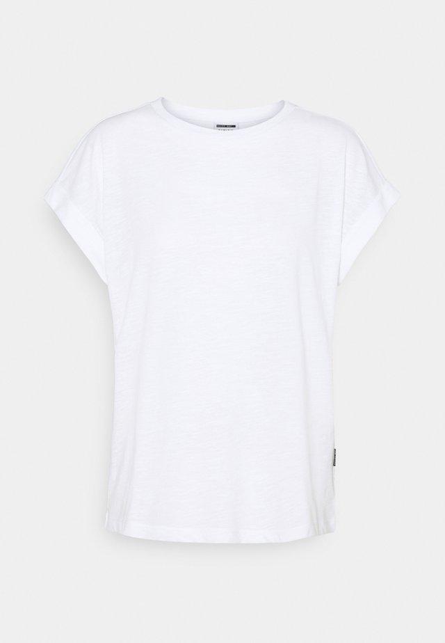 NMMATHILDE O NECK - T-shirt basic - bright white
